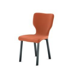 Chaise Neo avec piètement en métal carré