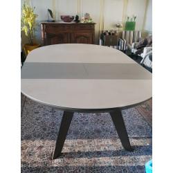Table Danielle