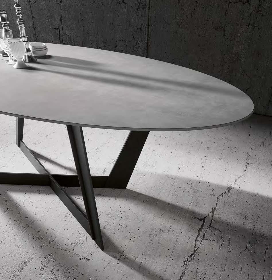 Table avec plateau en céramique